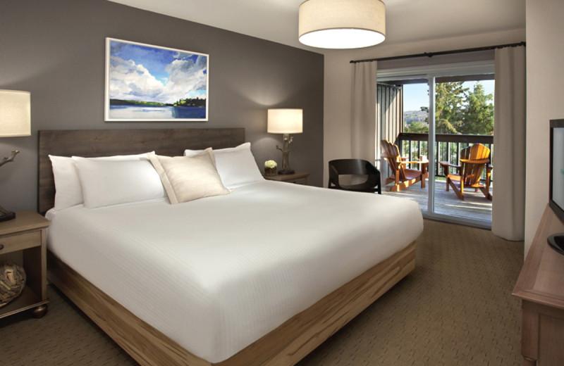 Guest room at Deerhurst Resort.