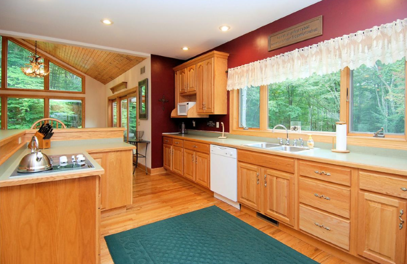 Vacation rental kitchen at Old Timberline Community.