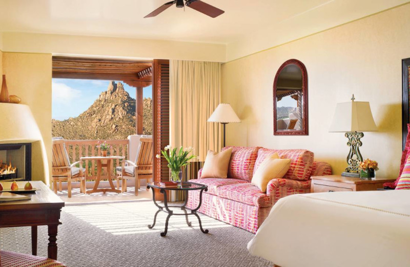 Guest room at Four Seasons Residence Club Scottsdale at Troon North.