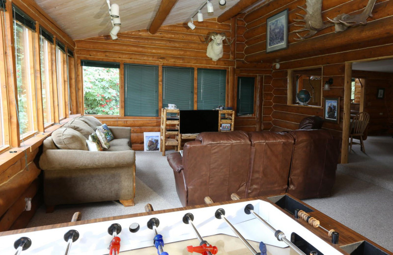 Cabin living room at Bear Paw Adventure.