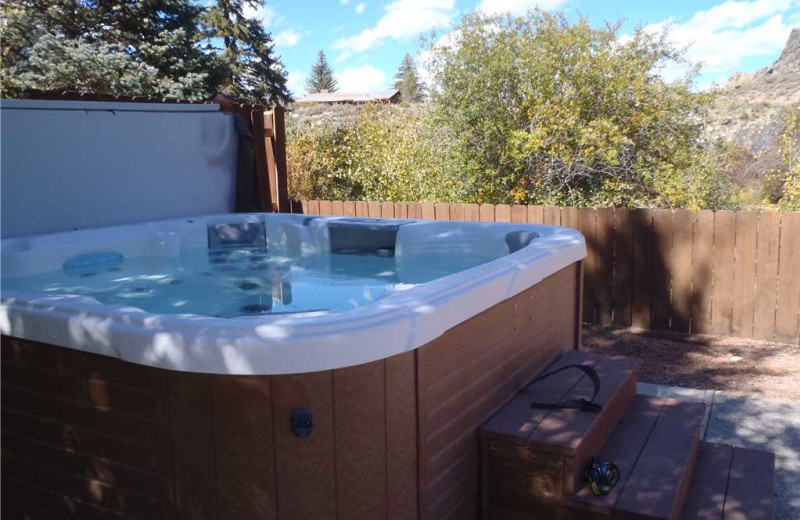 Hot tub at Three Rivers Resort & Outfitting.