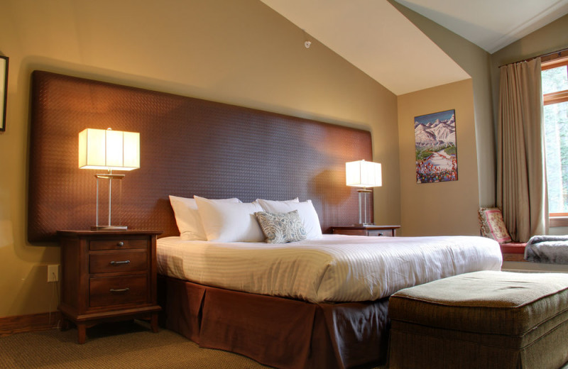 Guest room at Copper Horse Lodge.