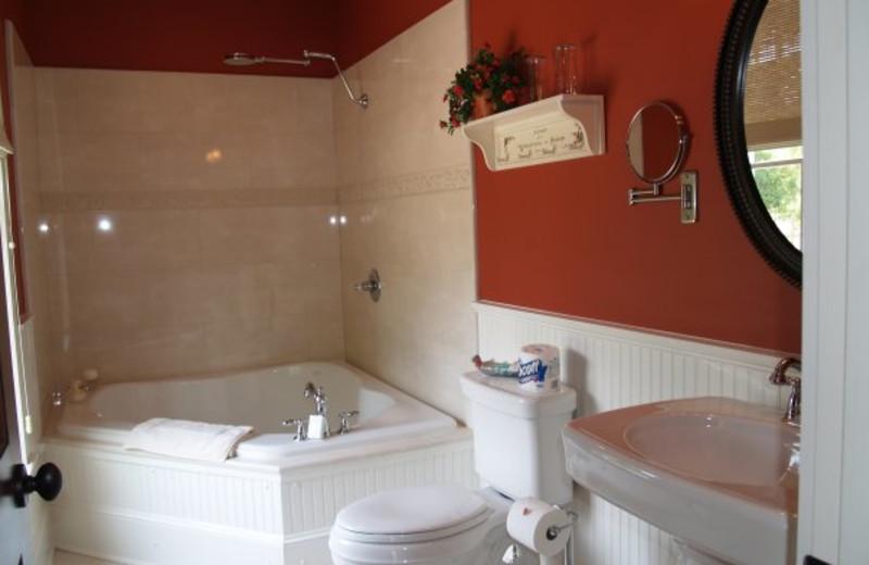 Guest bathroom at Camellia Rose Inn.
