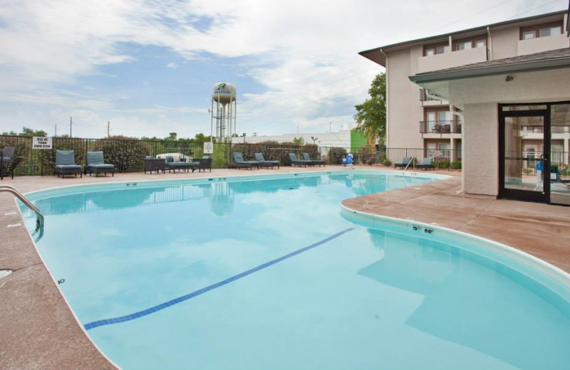 Outdoor pool at Branson 76 Central Holiday Inn Express.