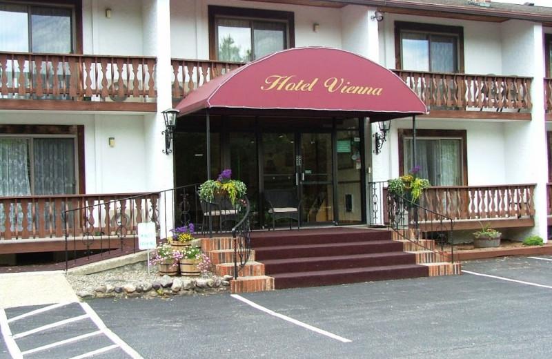 Exterior view of Hotel Vienna.