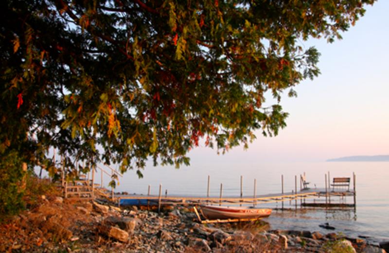 Lake Shore Near Country House Resort