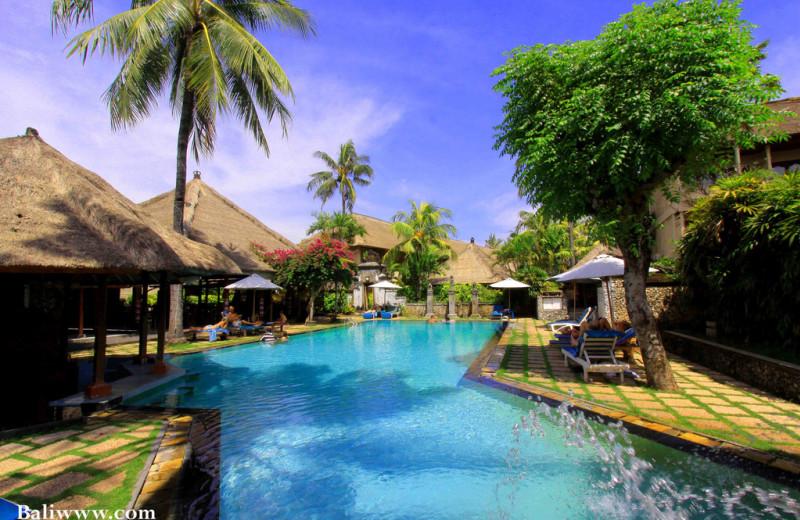 Outdoor pool at Hotel Aneka Kuta.
