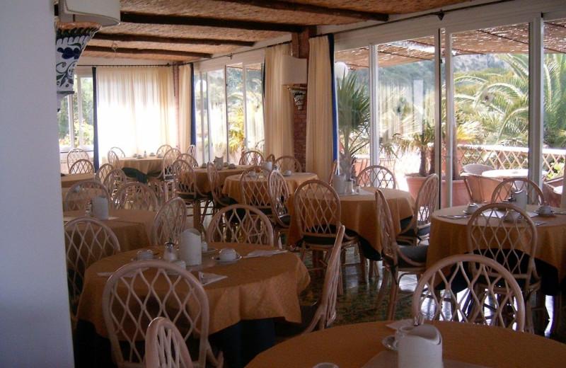 Dining at Semiramis Hotel.