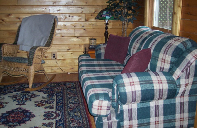 Cabin living room at Sunset Ridge Log Cabins.