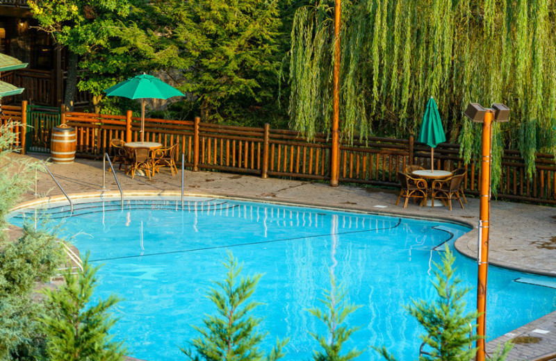 Outdoor pool at Westgate Smoky Mountain Resort & Spa.