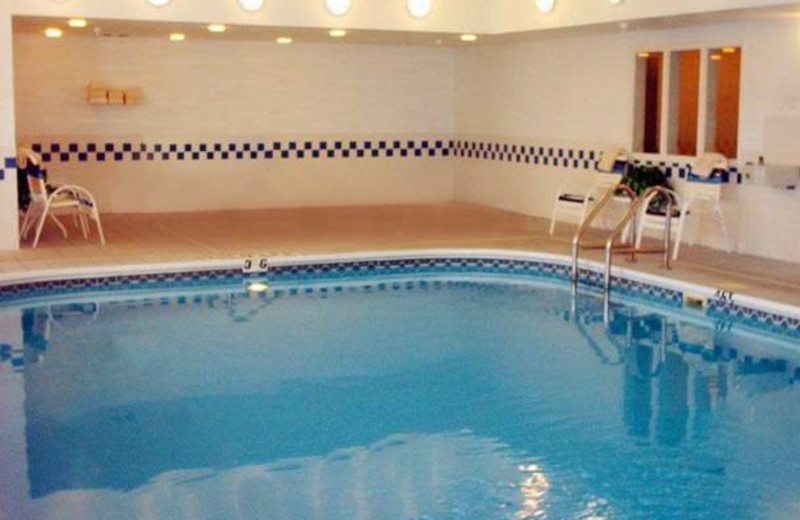 Indoor pool at Fairfield Inn Kansas City Independence.