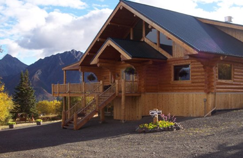 Exterior view at Majestic Valley Lodge.