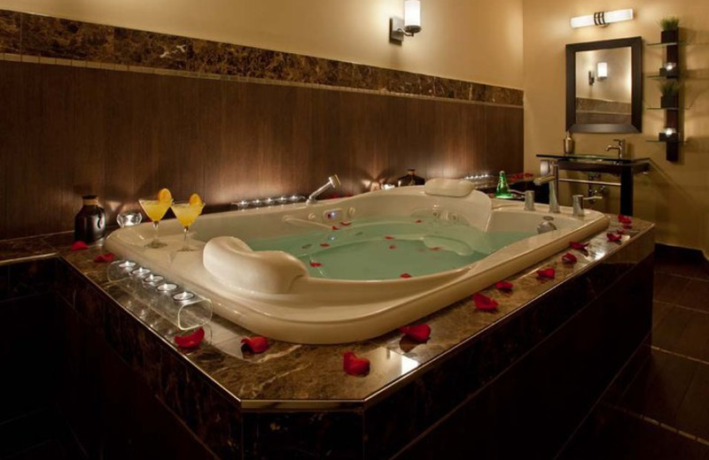 Couples Spa Treatment at the Sterling Inn & Spa