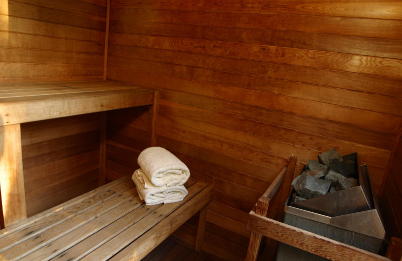 Sauna at Hennessey House Bed & Breakfast.