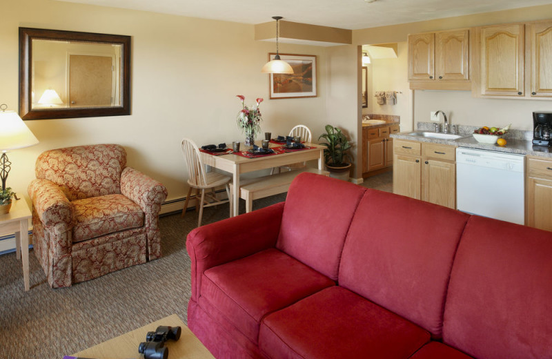 Guest room at Steele Hill Resorts.