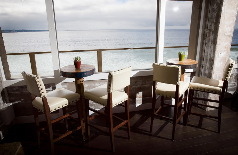 Sitting area at Monterey Tides.