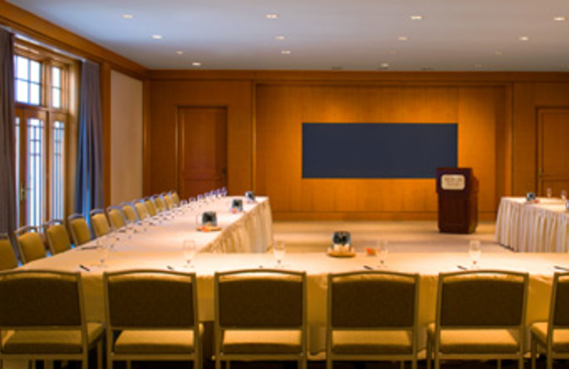 Meeting table at Westin New Orleans Canal Place