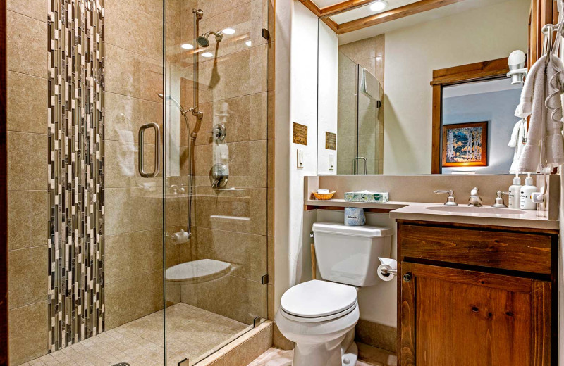Guest bathroom at Antlers at Vail.