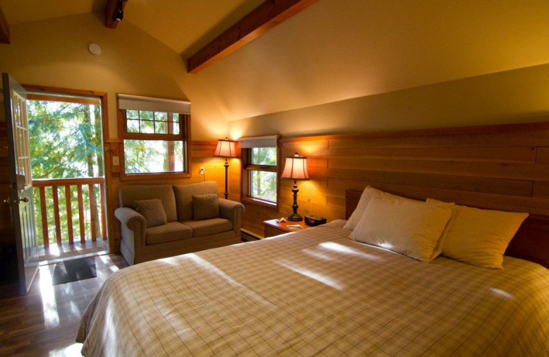 Guest room at Halcyon Hot Springs Village and Spa.