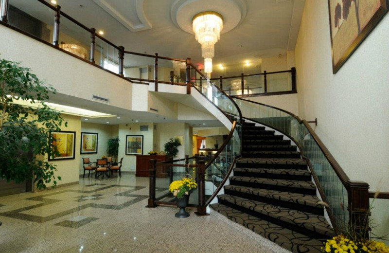The Lobby at the Ramada Plaza Niagara Falls