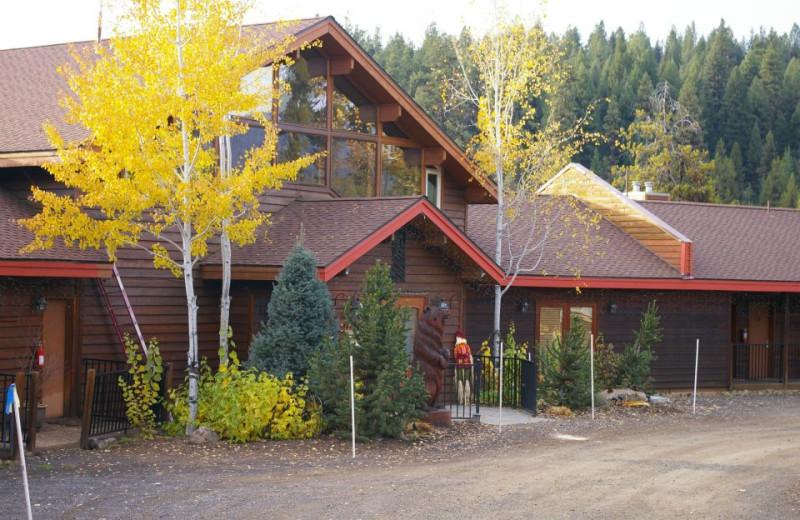 Exterior view of Bear Creek Lodge.