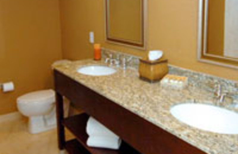 Guest bathroom at Lake Eve Resort.
