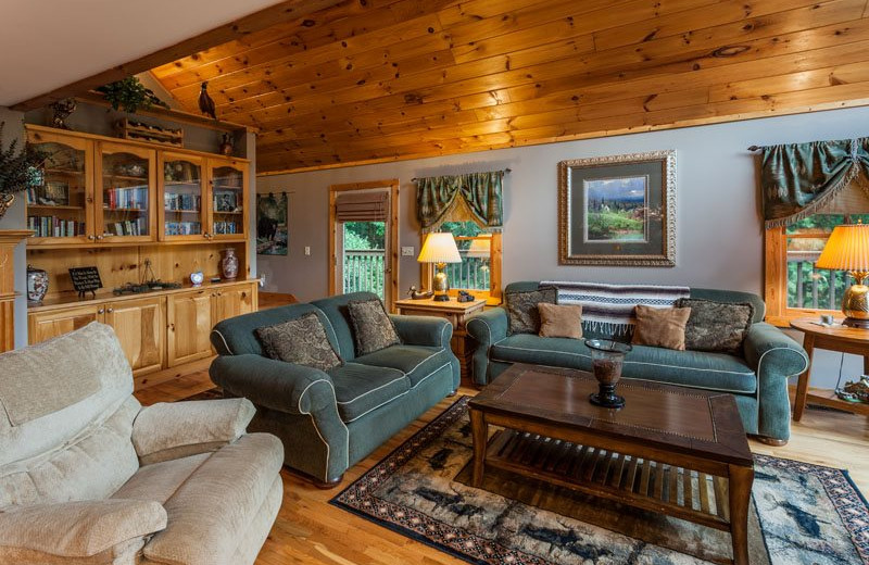 Cabin living room at Mountain Oasis Cabin Rentals.