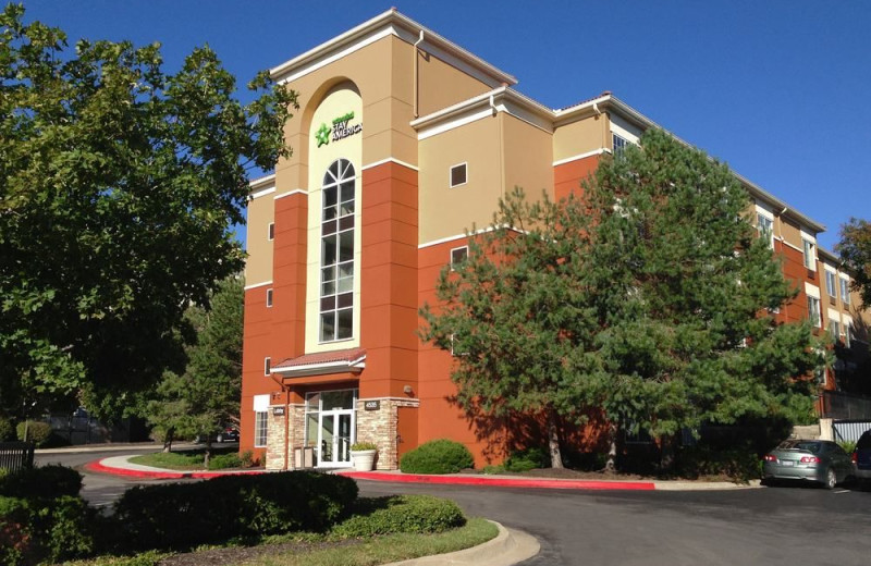 Exterior view of Extended Stay America - Kansas City - Country Club Plaza.