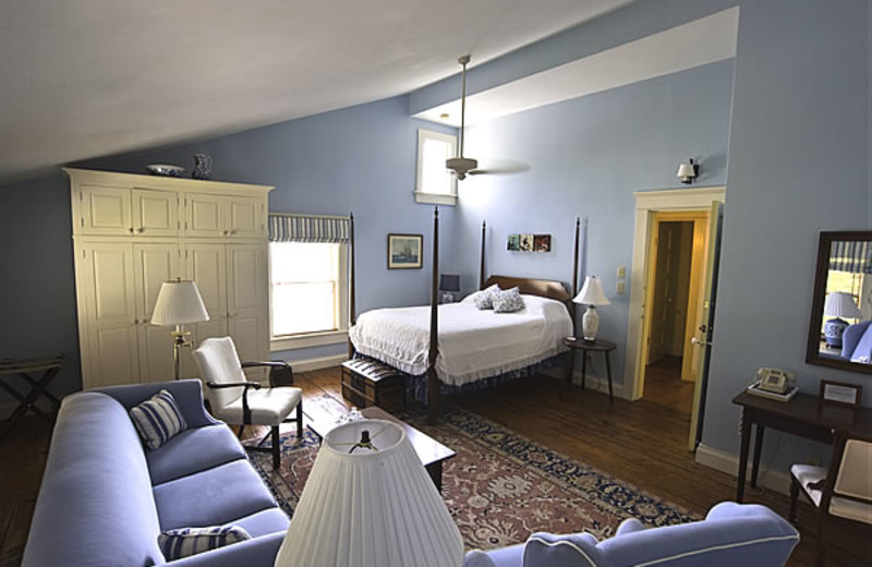 Guest suite at The Pack House Inn.
