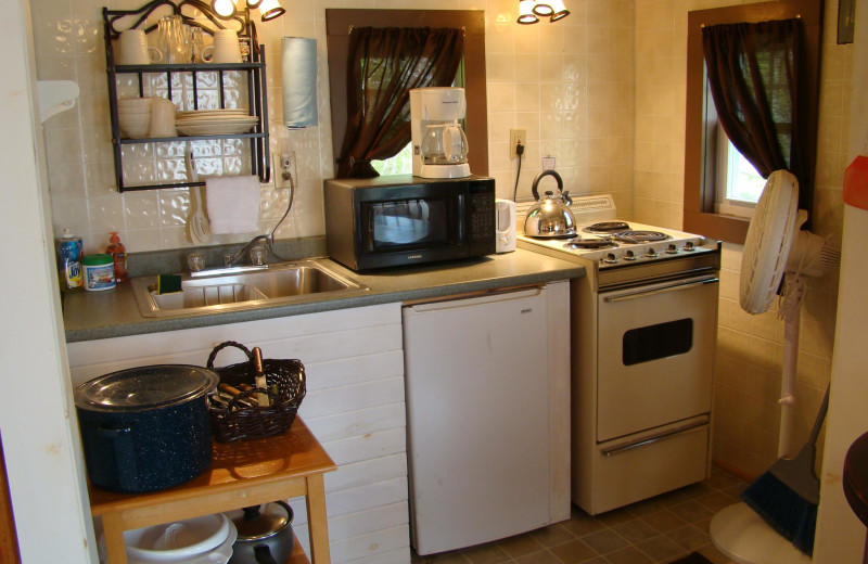 Cottage kitchen at Bay Leaf Cottages & Bistro.