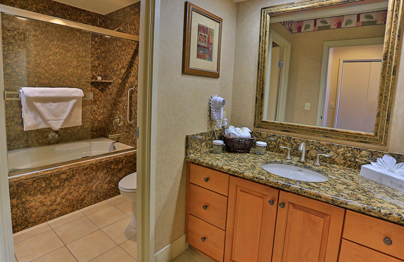 Guest bathroom at The Ridge Resorts.