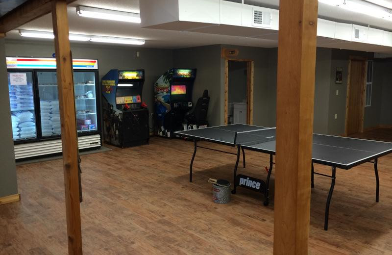 Game room at Barky's Resort