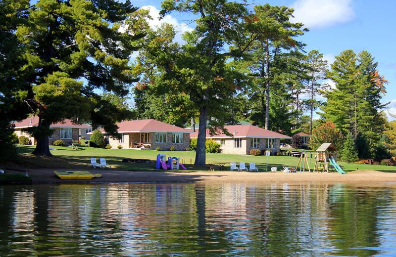 Nitschke 39 s northern resort minocqua wi resort reviews for Northern wisconsin fishing resorts