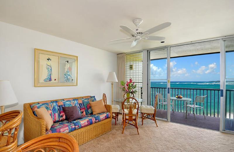 Vacation rental living room at Wailua Bay View Condos.