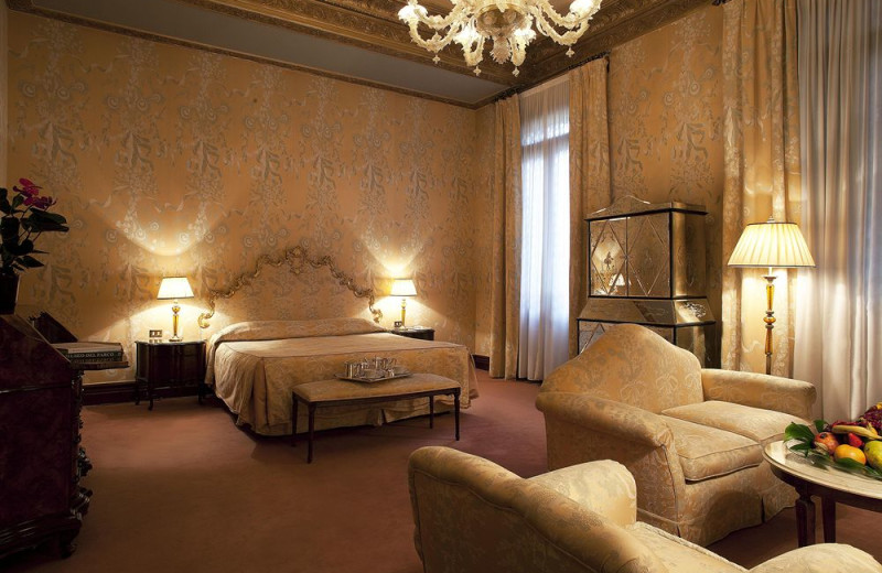 """Guest room at Bauer """"Il Palazzo"""" and Bauer Hotel."""