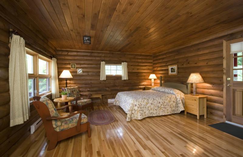 Cabin suite at Killarney Lodge.