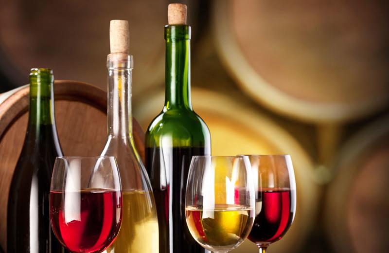 Wine tasting at Best Western Plus Stevenson Manor Inn.