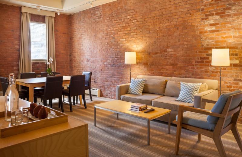 Guest room at Mill Street Inn.