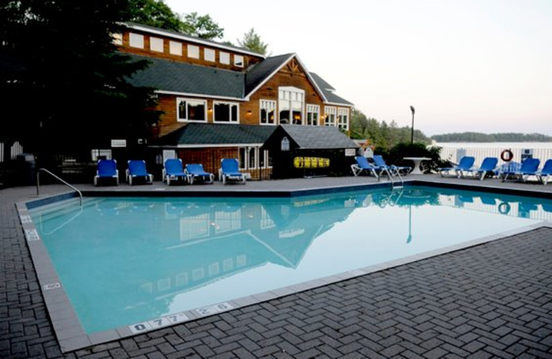Outdoor pool at Rocky Crest Golf Resort.