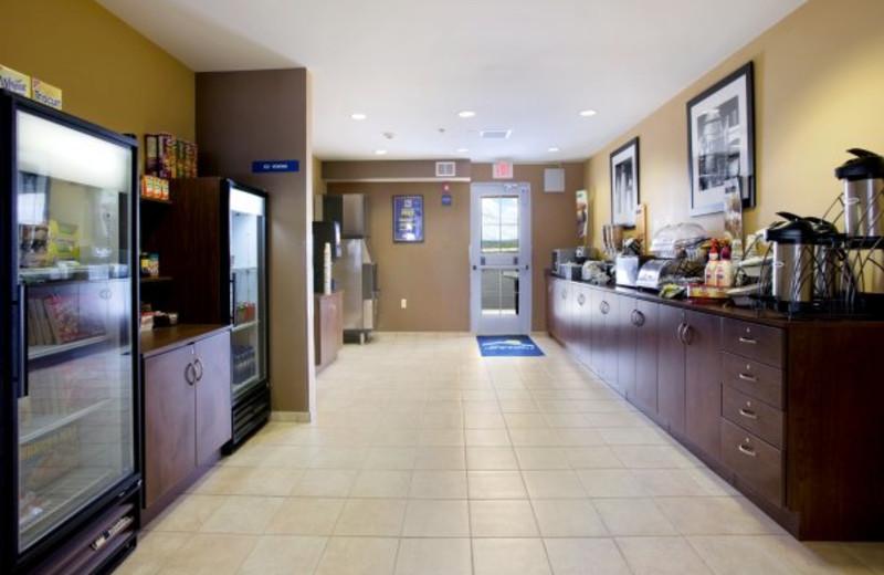 Breakfast Area at Pronghorn Inn & Suites Rawlins.