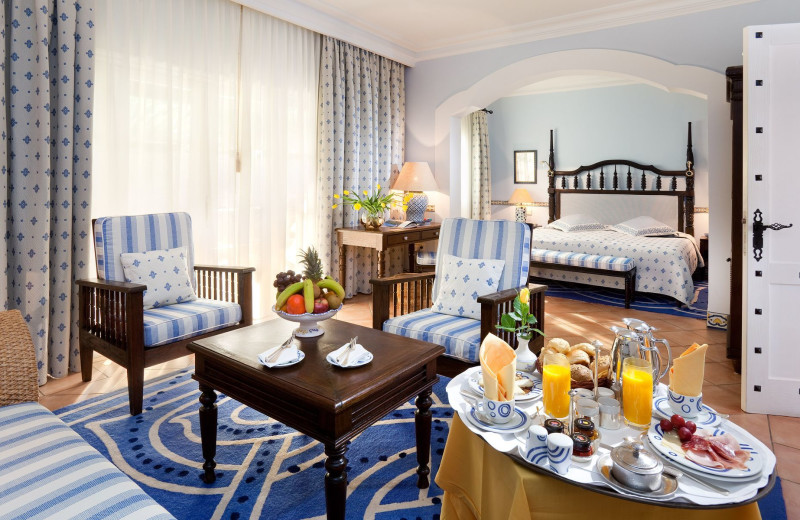 Guest room at Grand Hotel Residencia.