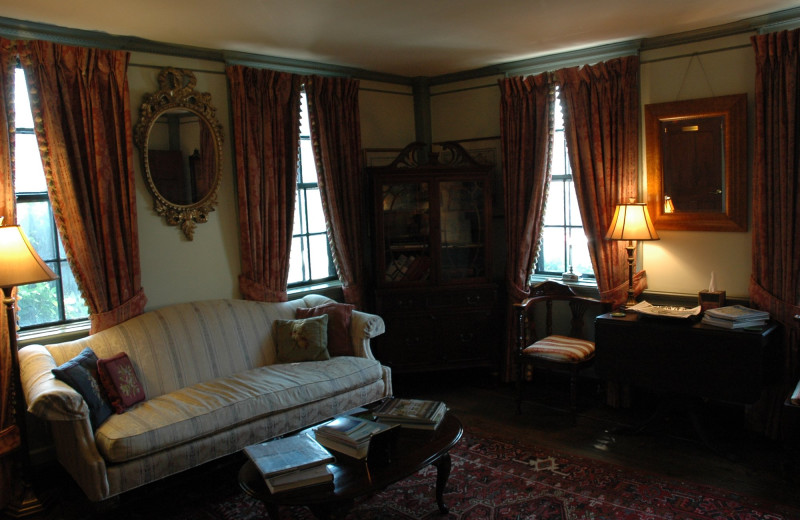 Sitting room at Samuel Durfee House.