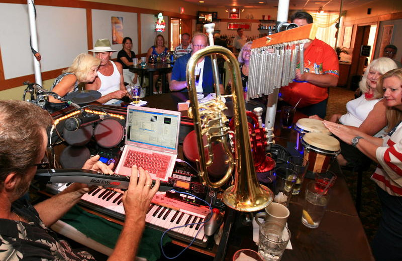Entertainment at Holiday Isle Oceanfront Resort.