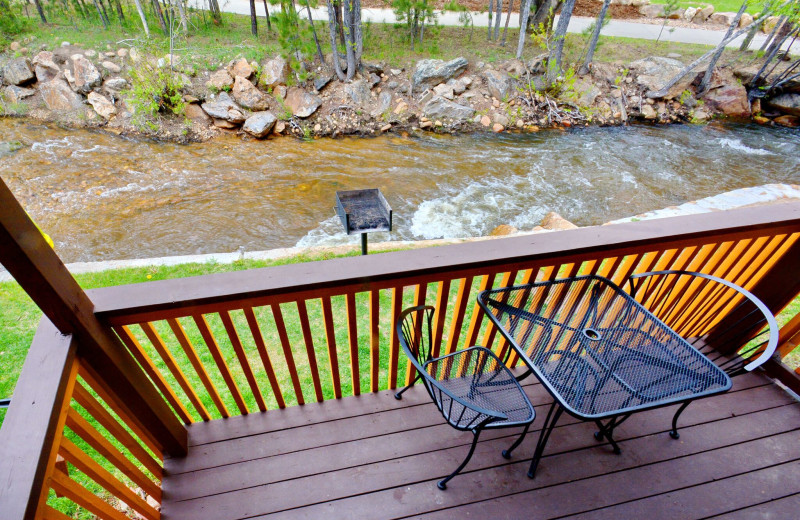 Guest balcony at Murphy's River Lodge.