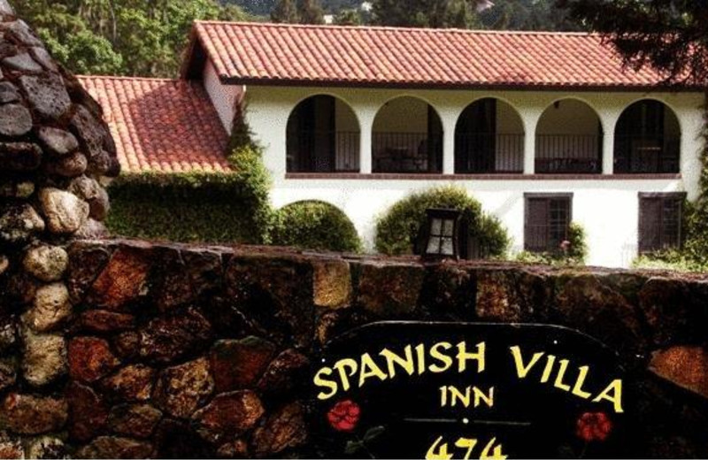 Exterior view of Spanish Villa Inn.