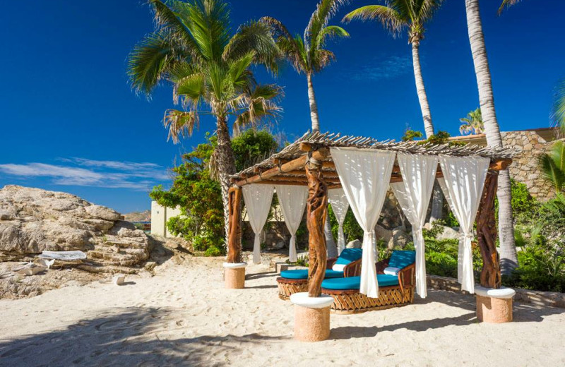 Beach cabana at Sun Cabo Vacations.