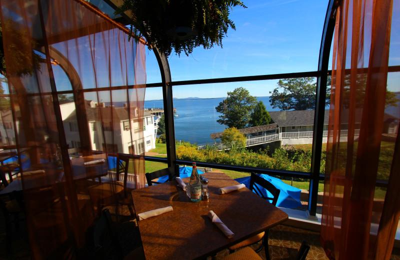 Dining at Atlantic Oceanside Hotel & Conference Center.