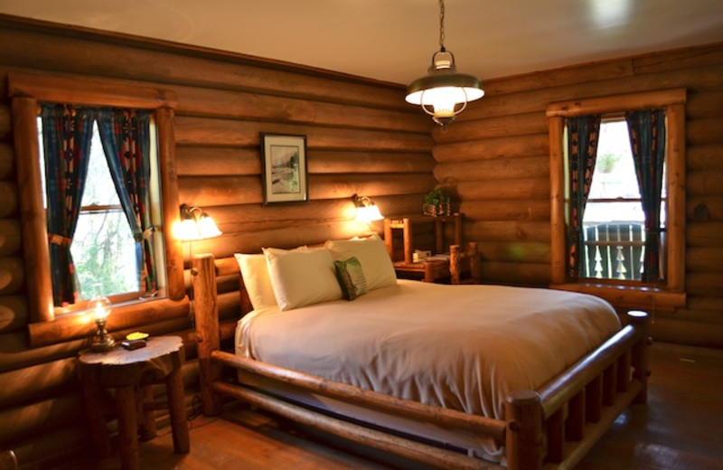 Cabin bedroom at Red Horse Mountain Ranch.