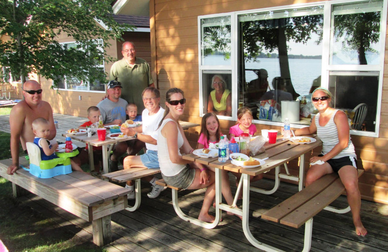 Family picnic at Dickerson's Lake Florida Resort.