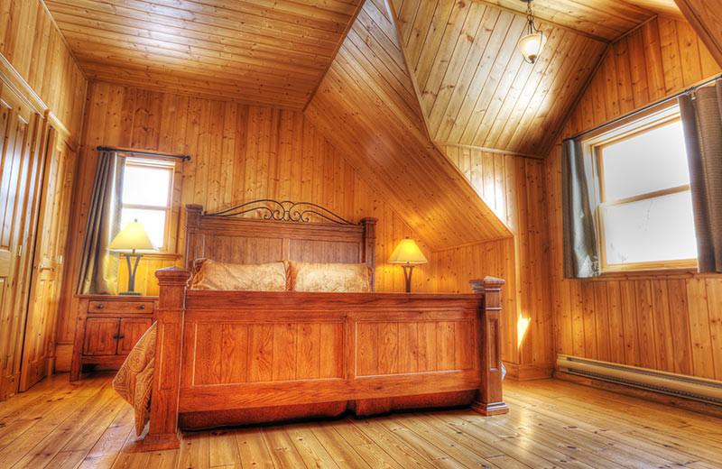 Chalet bedroom at Fiddler Lake Resort.
